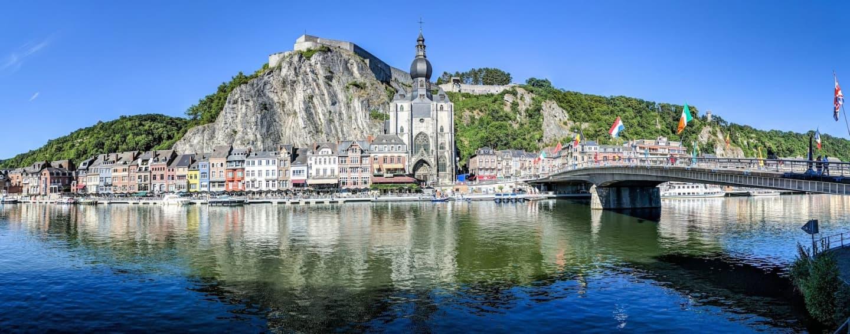 Albia râului Meuse în Dinant
