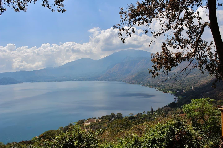 Lacul Coatepeque