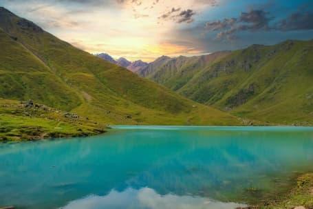 Lacul Kol-Tor