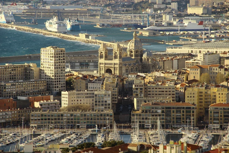 Catedrala și portul din Marsilia