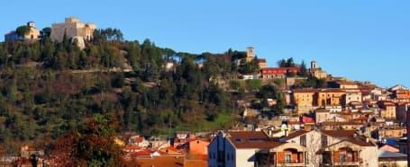 Panorama centrului istoric din Campobasso