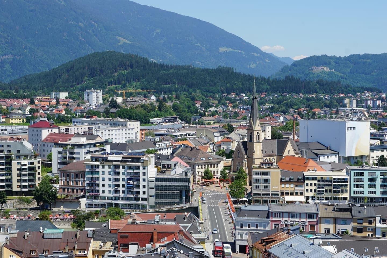 Panoramă a orașului Villach