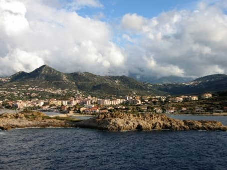 Panoramă L'Île Rousse