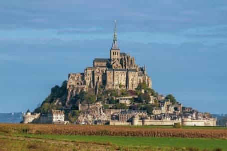 Satul Mont Saint Michel și mănăstirea fortificată