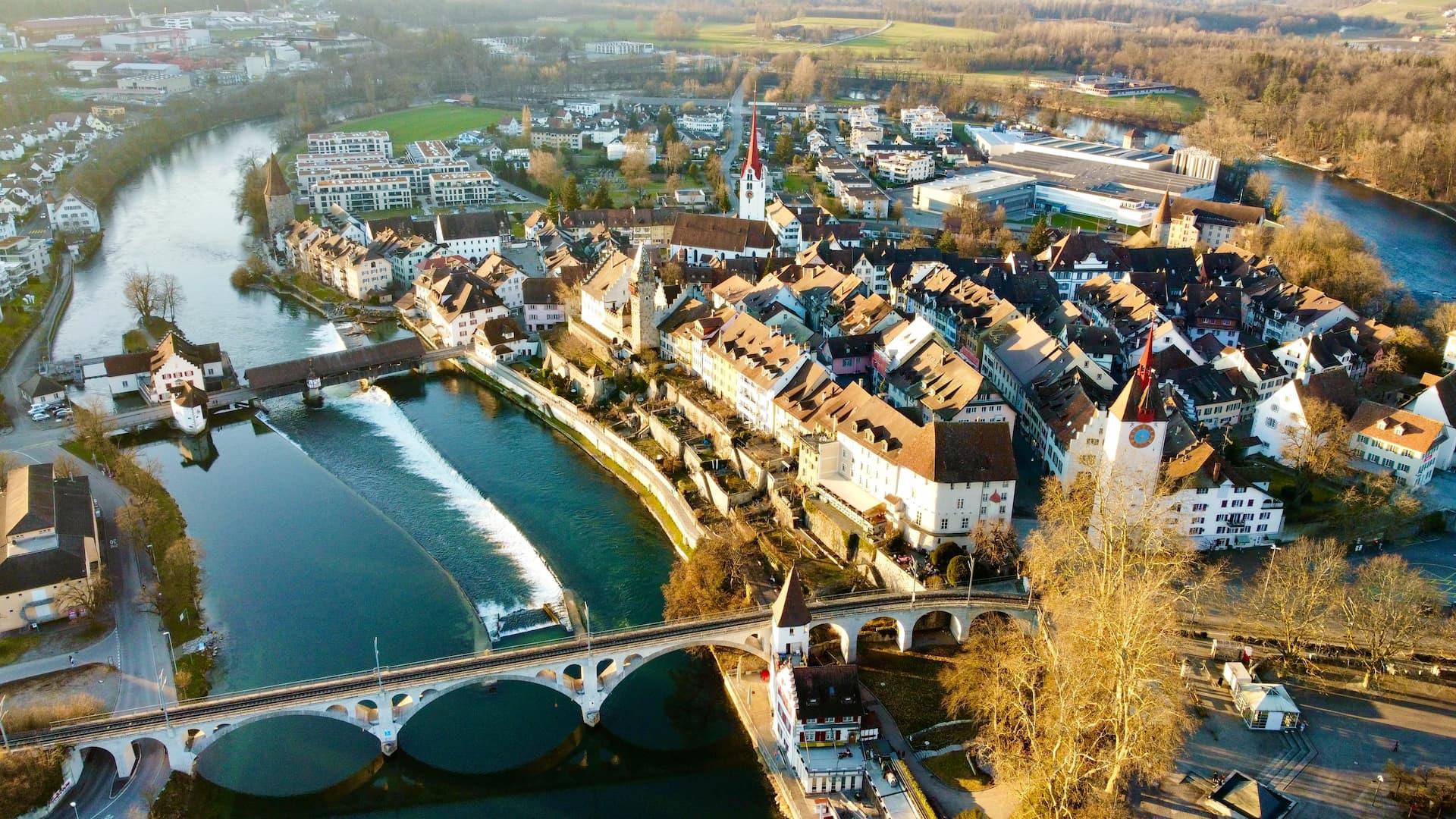Locul 3 între cele mai bogate țări, Elveția