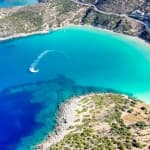 Plaja Voulisma, în Agios Nikolaos, Creta